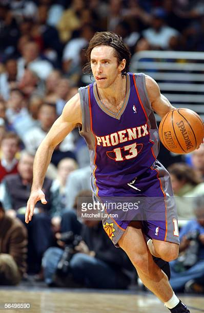 Steve Nash of the Phoenix Suns drives the ball down court against the Washington Wizards in a NBA game on December 28 2005 at the MCI Center in...