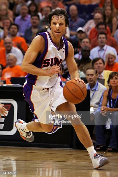 Steve Nash of the Phoenix Suns moves the ball against the San Antonio Spurs in Game Two of the Western Conference Semifinals during the 2007 NBA...