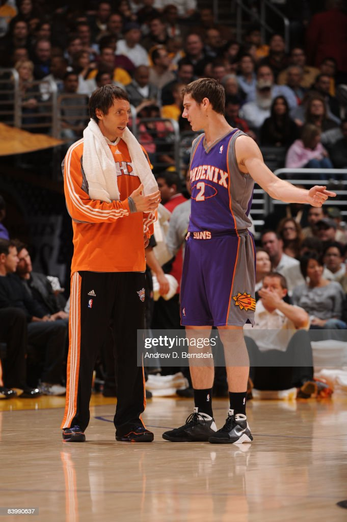 Phoenix Suns v Los Angeles Lakers : News Photo