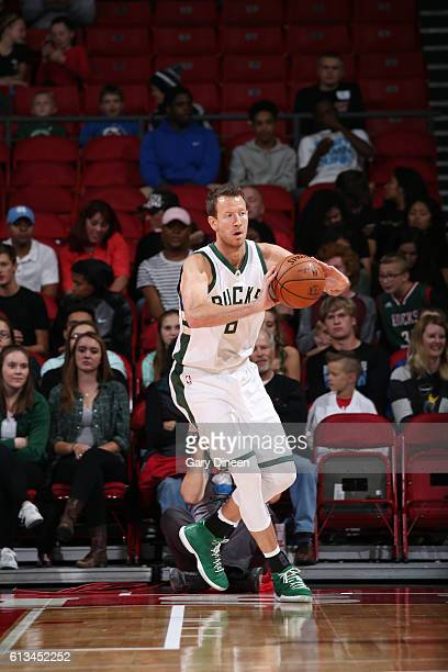 Steve Novak of the Milwaukee Bucks passes the ball during a preseason game against the Dallas Mavericks on October 8 2016 at the Kohl Center in...