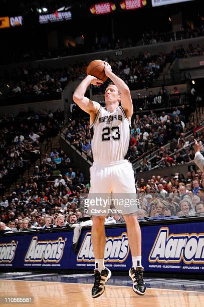 Steve Novak of the San Antonio Spurs shoots against the Golden State Warriors on March 21 2011 at ATT Center in San Antonio Texas NOTE TO USER User...