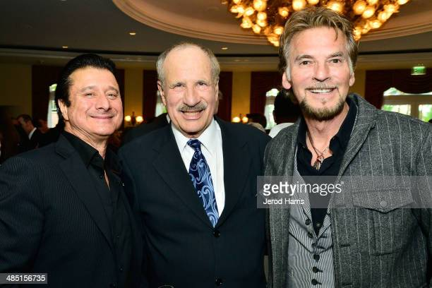 Steve Perry, Beverly Hills Bar Association Entertainment Lawyerof the year L. Lee Phillips and Kenny Loggins attend the Beverly Hills Bar...