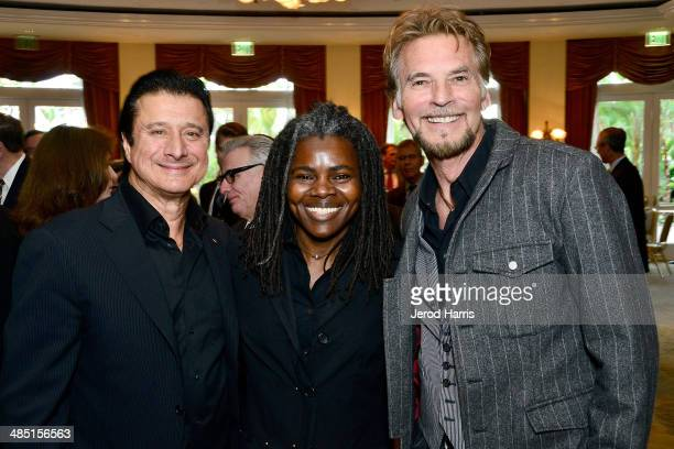 Steve Perry, Tracy Chapman and Kenny Loggins attend the Beverly Hills Bar Association's Entertainment Lawyer of the Year Dinner at Beverly Hills...
