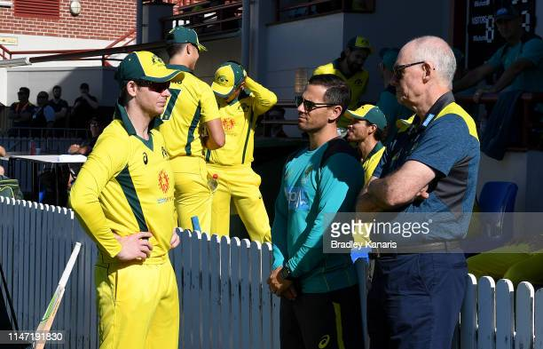 Steve Smith is seen chatting with national team selector Greg Chapell during the Cricket World Cup One Day Practice Match between Australia and New...
