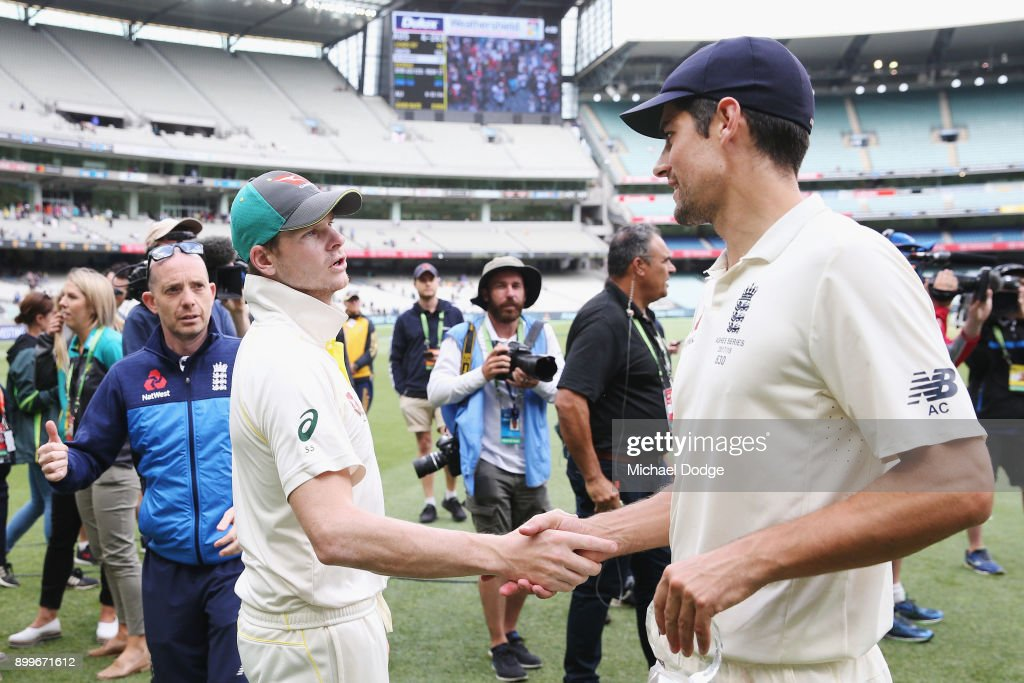 Steve Smith of Australia (L) and Alastair Cook of England shake hands after the drawn result during day one of the Fourth Test Match in the 2017/18 Ashes series between Australia and England at Melbourne Cricket Ground on December 30, 2017 in Melbourne, Australia.