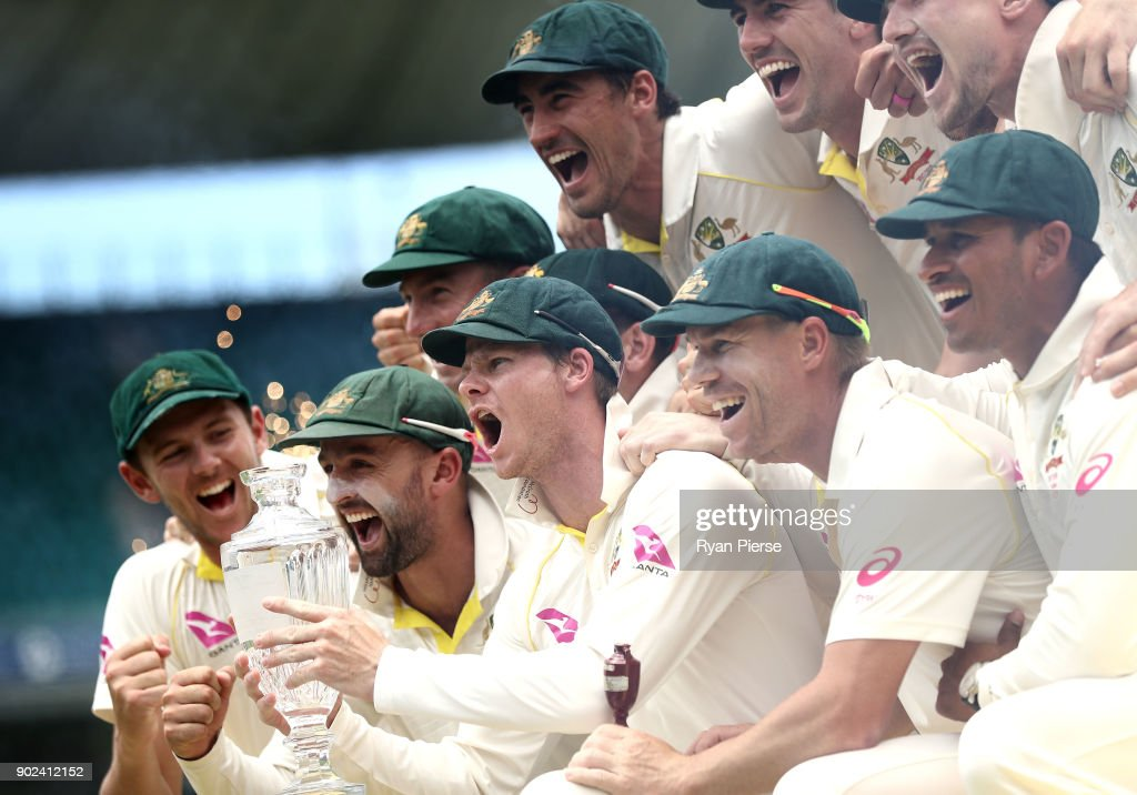 Steve Smith of Australia lifts the Ashes Trophy during day five of the Fifth Test match in the 2017/18 Ashes Series between Australia and England at Sydney Cricket Ground on January 8, 2018 in Sydney, Australia.