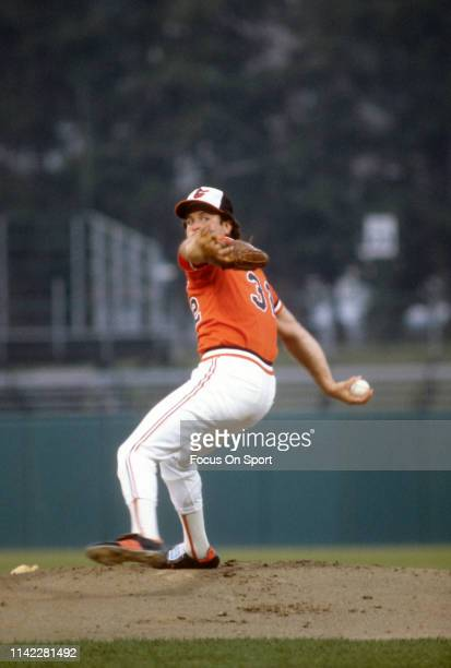 Steve Stone of the Baltimore Orioles pitches during a Major League Baseball game circa 1980 at Memorial Stadium in Baltimore, Maryland. Stone played...