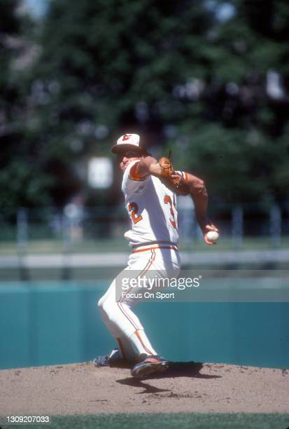 Steve Stone of the Baltimore Orioles pitches during a Major League Baseball game circa 1979 at Memorial Stadium in Baltimore, Maryland. Stone played...