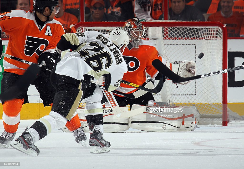 Pittsburgh Penguins v Philadelphia Flyers - Game Four