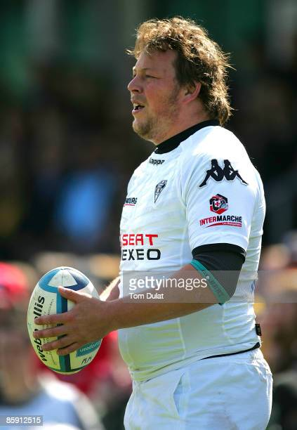 Steve Thompson of Brive prepares to throw the ball during the European Challenge Cup Quarter Final match between Worcester Warriors and Brive at...