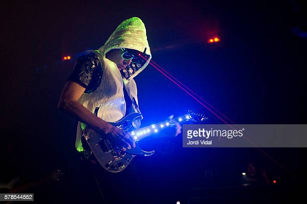 Steve Vai performs on stage at Sala Barts on July 21, 2016 in Barcelona, Spain.