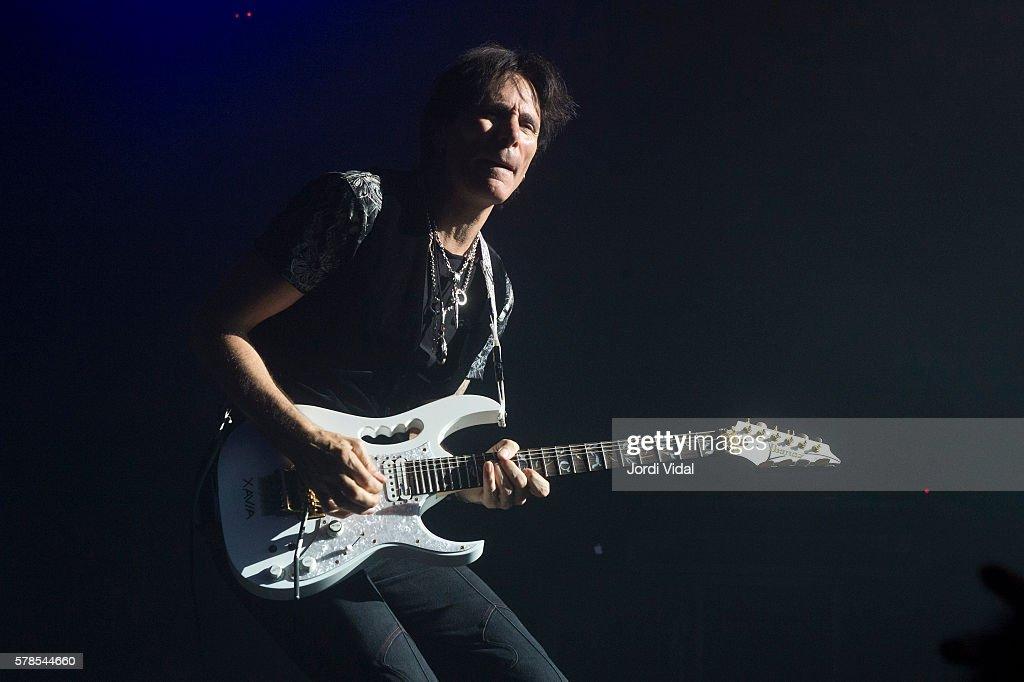 Steve Vai Concert In Barcelona : ニュース写真