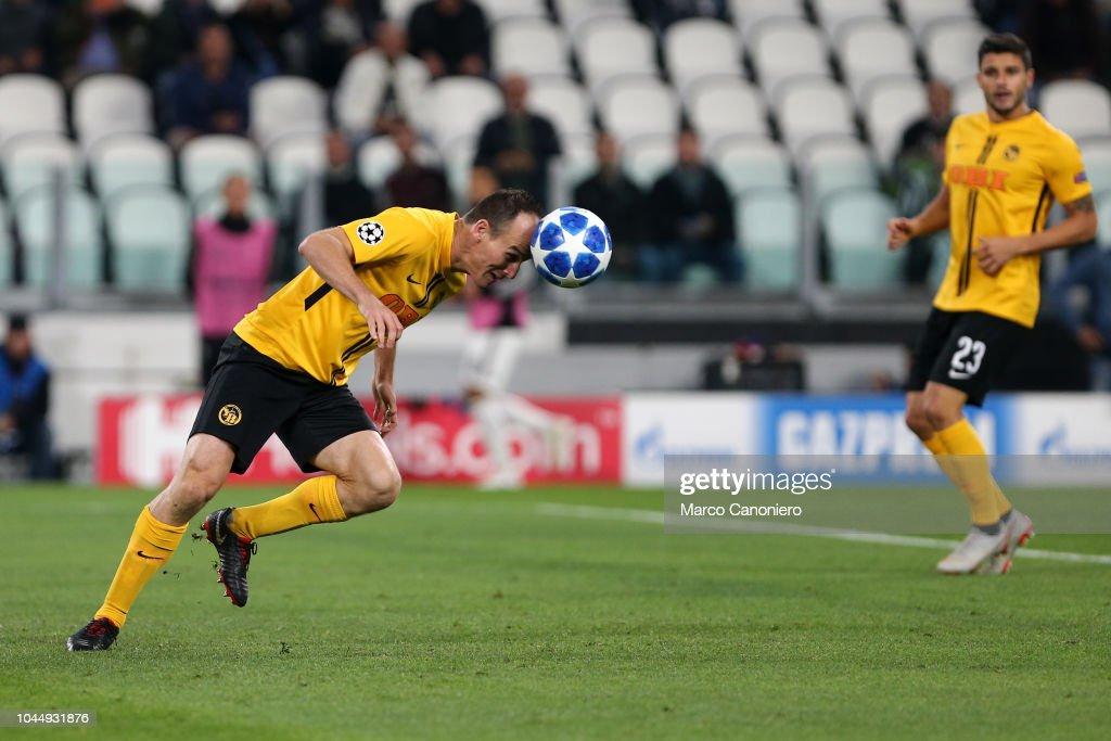 Steve von Bergen  of Berner Sport Club Young Boys in action... : News Photo
