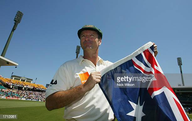 Steve Waugh of Australia does a lap of honour with his teamates after the final day of the fifth Ashes Test between Australia and England held at the...