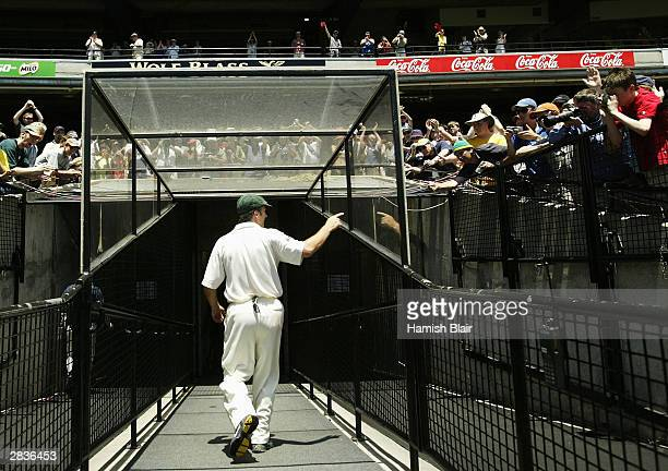Steve Waugh of Australia leaves the MCG for the last time as a player during day five of the Boxing Day 3rd Test between Australia and India on...