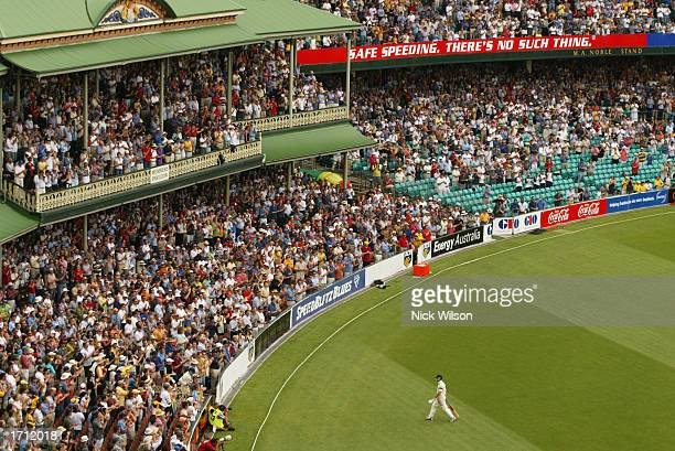 Steve Waugh of Australia leaves the SCG after being dismissed for 104 during the third day of the fifth Ashes Test between Australia and England held...