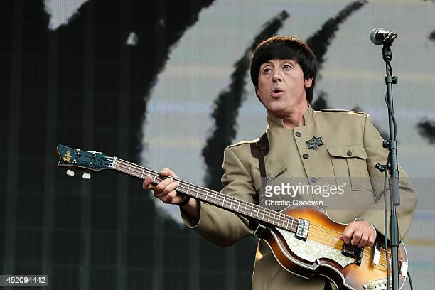 Steve White of The Bootleg Beatles performs on stage as Paul McCartney at British Summer Time Festival at Hyde Park on July 13 2014 in London United...