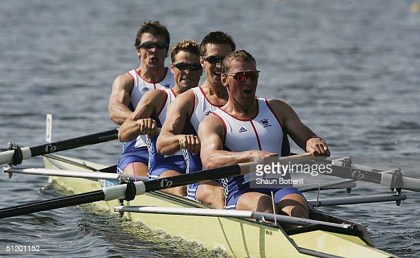 Steve Williams James Cracknell Ed Coode and Matthew Pinsent of Great Britain compete in the men's four rowing final on August 21 2004 during the...