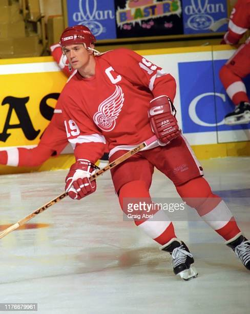 Steve Yzerman of the Detroit Red Wings skates against the Toronto Maple Leafs during NHL preseason game action on October 1, 1995 at Maple Leaf...