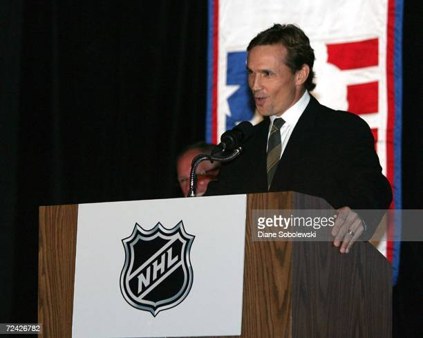Steve Yzerman who played his entire career with the Detroit Red Wings accepts the Lester Patrick Award during a ceremony on November 6 2006 at the...