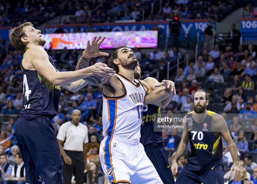 Fenerbahce Ulker v Oklahoma City Thunder : Photo d'actualité