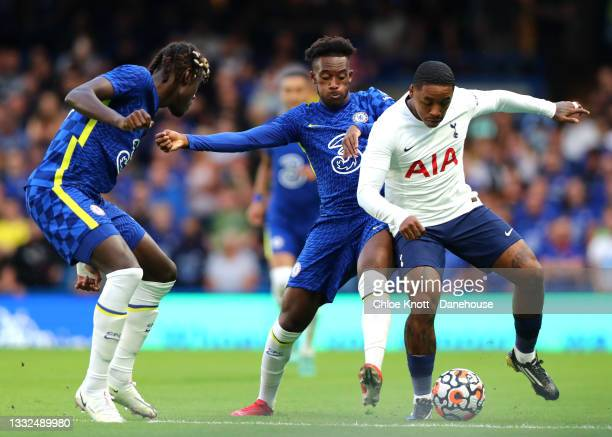 Steven Bergeijn of Tottenham Hotspur and Callum Hudson Odoi of Chelsea FC battle for the ball during the Pre Season Friendly between Chelsea and...