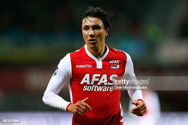 Steven Berghuis of AZ in action during the Dutch Eredivisie match between AZ Alkmaar and SC Cambuur held at the AFAS Stadion on March 21 2015 in...