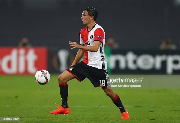 Steven Berghuis of Feyenoord in action during the UEFA Europa League Group A match between Feyenoord and Manchester United FC at Feijenoord Stadion...