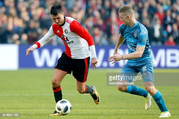 Steven Berghuis of Feyenoord Roland Baas of Heracles Almelo during the Dutch Eredivisie match between Feyenoord v Heracles Almelo at the Stadium...