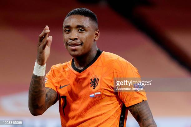 Steven Bergwijn of Holland celebrates 1-0 during the UEFA Nations league match between Holland v Poland at the Johan Cruijff ArenA on September 4,...