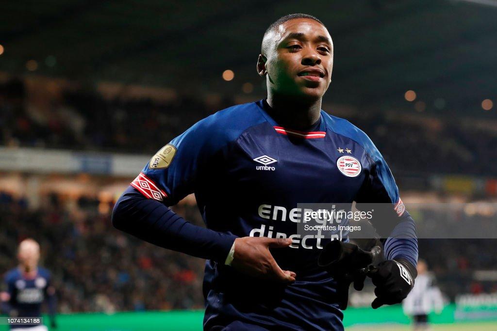 Heracles Almelo v PSV - Dutch Eredivisie : News Photo