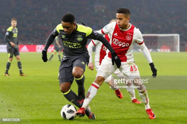 Steven Bergwijn of PSV Justin Kluivert of Ajax during the Dutch Eredivisie match between Ajax v PSV at the Johan Cruijff Arena on December 10 2017 in...
