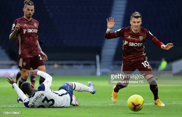 Steven Bergwijn of Tottenham Hotspur is fouled by Ezgjan Alioski of Leeds United in the box which consequently led to Tottenham Hotspur being awarded...