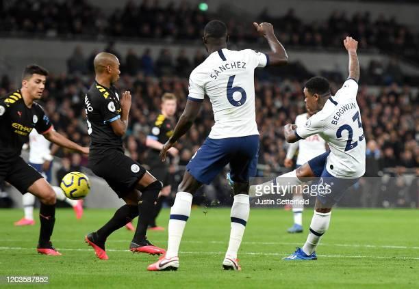 Steven Bergwijn of Tottenham Hotspur scores his team's first goal during the Premier League match between Tottenham Hotspur and Manchester City at...