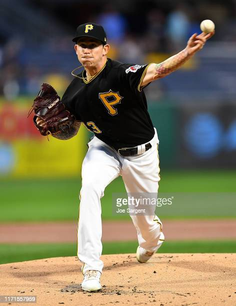 Steven Brault of the Pittsburgh Pirates pitches during the first inning against the Cincinnati Reds at PNC Park on September 27, 2019 in Pittsburgh,...