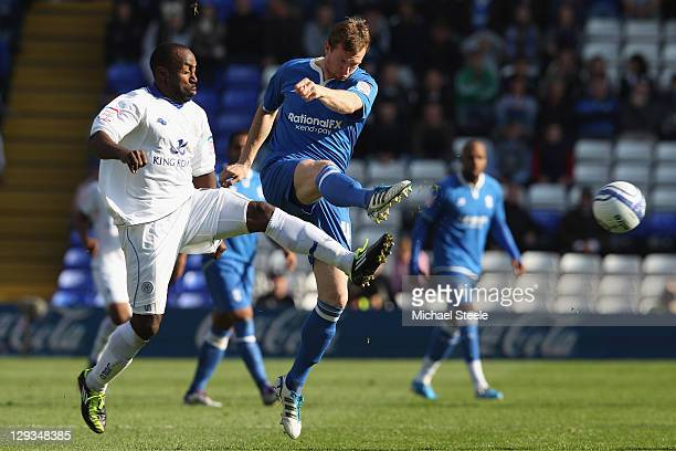 Steven Caldwell of Birmingham City challenges with Darius Vassell of Leicester City during the npower Championship match at St Andrews on October 16...
