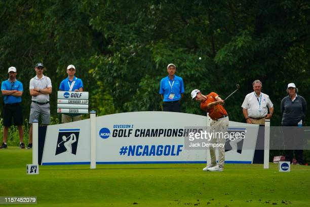 Steven Chervony of Texas tees off during the Division I Men's Golf Match Play Championship held at the Blessings Golf Club on May 29 2019 in...