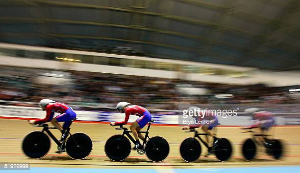 Steven Cummings Rob Hayles Paul Manning and Chris Newton of Great Britain in action on their way to winning the Men's Team Pursuit during the UCI...
