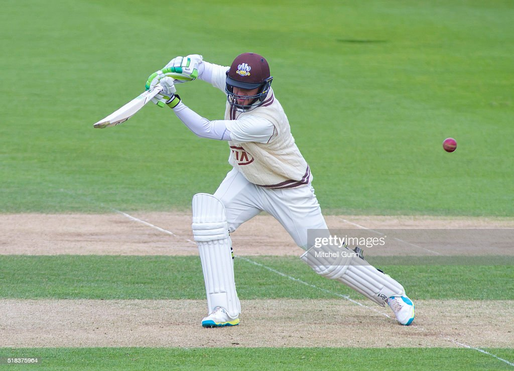 Surrey v Loughborough MCCU : ニュース写真