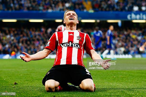 Steven Davis of Southampton celebrates scoring his team's first goal during the Barclays Premier League match between Chelsea and Southampton at...