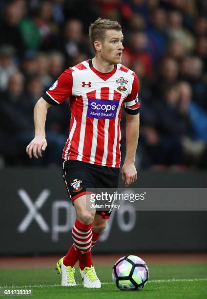 Steven Davis of Southampton in action during the Premier League match between Southampton and Manchester United at St Mary's Stadium on May 17 2017...