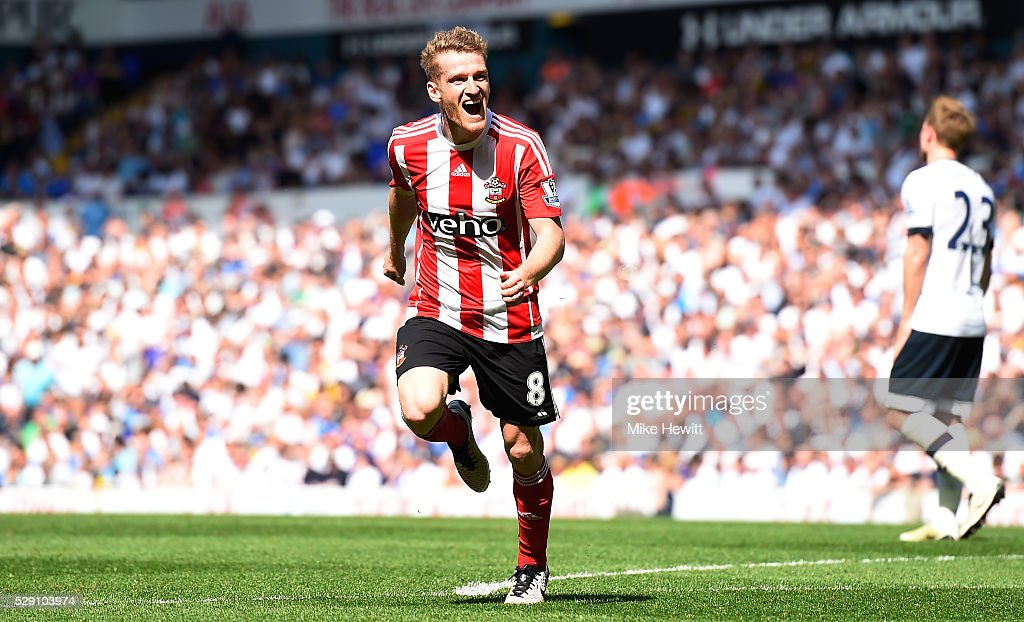 Steven Davis of Southampton scores his second goal during the Barclays Premier League match between Tottenham Hotspur and Southampton at White Hart Lane on May 8, 2016 in London, England.