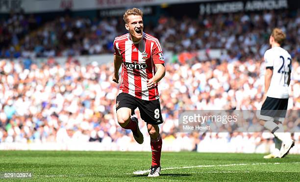 Steven Davis of Southampton scores his second goal during the Barclays Premier League match between Tottenham Hotspur and Southampton at White Hart...
