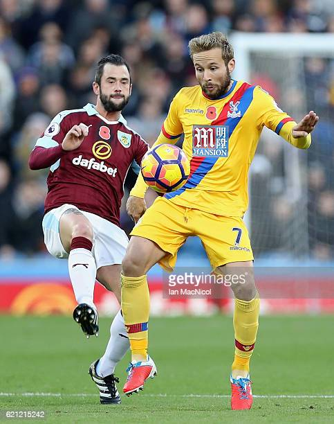Steven Defour of Burnley and Yohan Cabaye of Crystal Palace battle for possession during the Premier League match between Burnley and Crystal Palace...