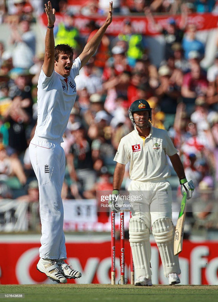 Steven Finn of England celebrates the wicket of Ricky Ponting of Australia during day two of the Third Ashes Test match between Australia and England at WACA on December 17, 2010 in Perth, Australia.