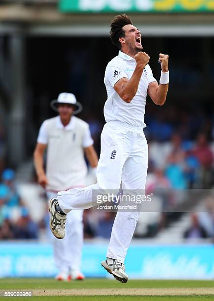 Steven Finn of England celebrates unsuccessfully for the wicket of Younus Khan of Pakistan during day three of the 4th Investec Test between England...