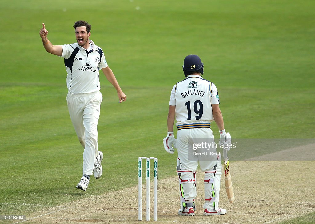 Yorkshire v Middlesex: Specsavers County Championship - Division One