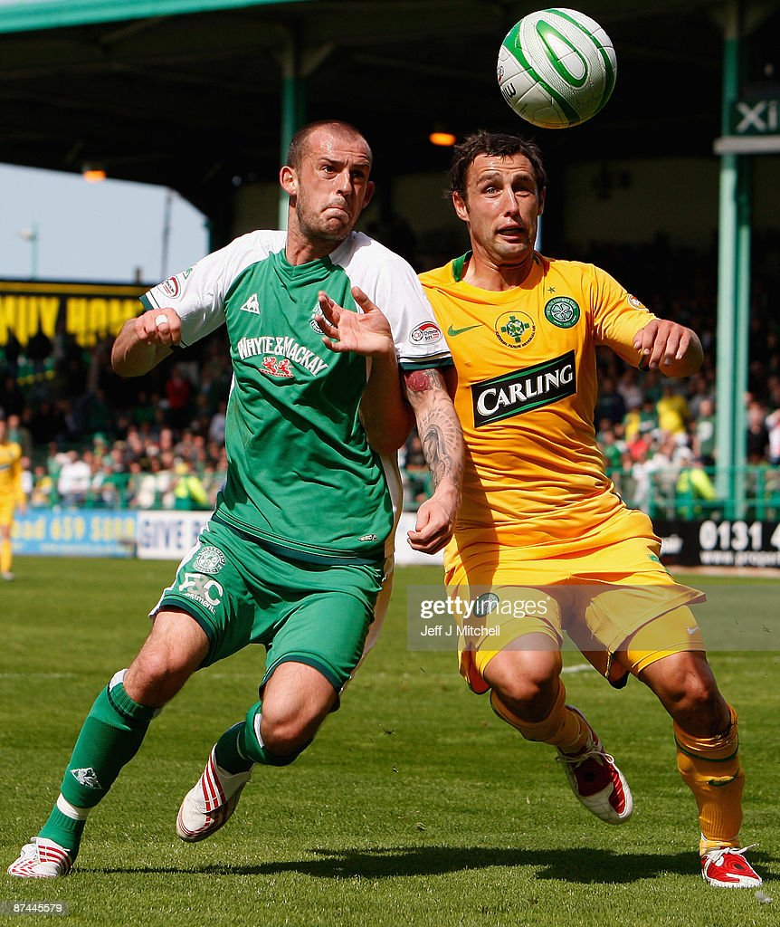 Steven Fletcher of Hibernian tackles Scott McDonald of Celtic during the Scottish Premier League match between Hibernian and Celtic at Easter Road on May 17, 2009 in Edinburgh, Scotland.