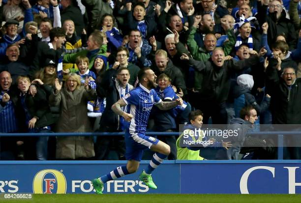 Steven Fletcher of Sheffield Wednesday celebrates scoring his sides first goal during the Sky Bet Championship play off semi final second leg match...