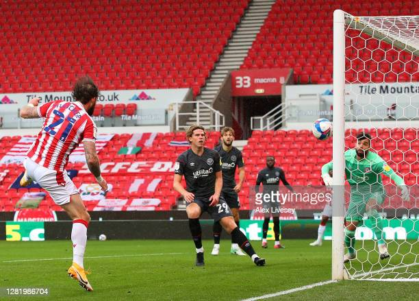 Steven Fletcher of Stoke City scores his team's first goal during the Sky Bet Championship match between Stoke City and Brentford at Bet365 Stadium...
